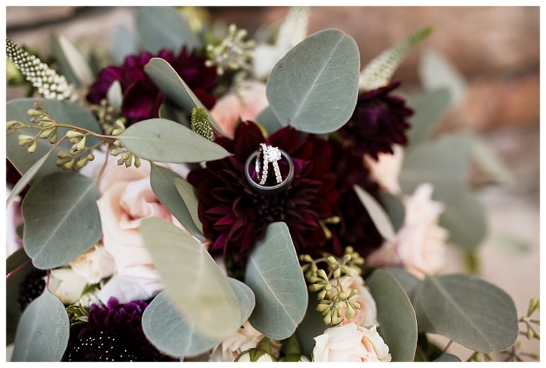 hawthorns-country-club-flowers-rings-wedding-photography-indianapolis