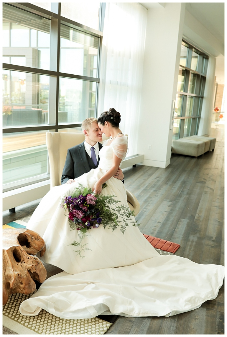 Alexander-Hotel-Indianapolis-Wedding-Photography-Meghan-Harrison_0093.jpg