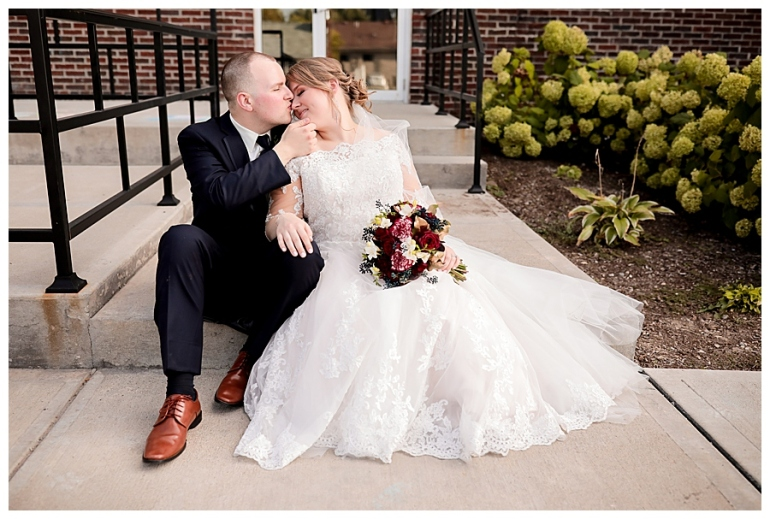 Old-Town-Atrium-Indianapolis-Wedding-Photography-Meghan-Harrison_0118.jpg