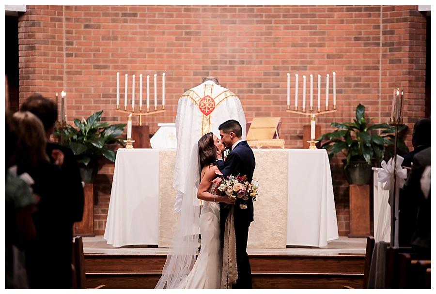 Indianapolis-Indiana-Wedding-Photography-Meghan-Harrison_0260.jpg