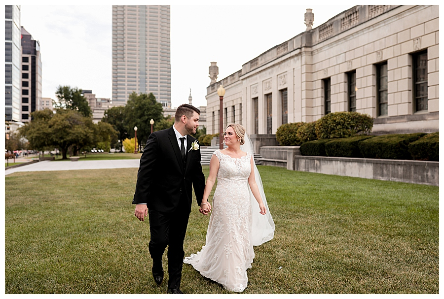 Indianapolis-Indiana-Wedding-Photography-Meghan-Harrison_0418.jpg