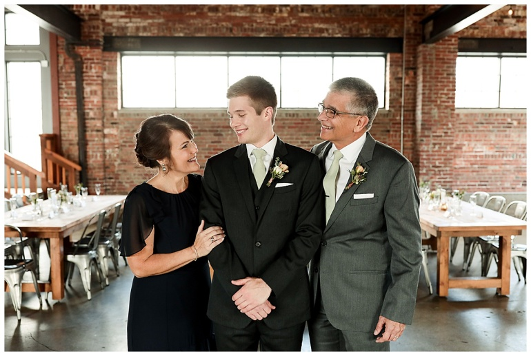 INDUSTRY_Indianapolis_Meghan Harrison Wedding Photography_0023.jpg