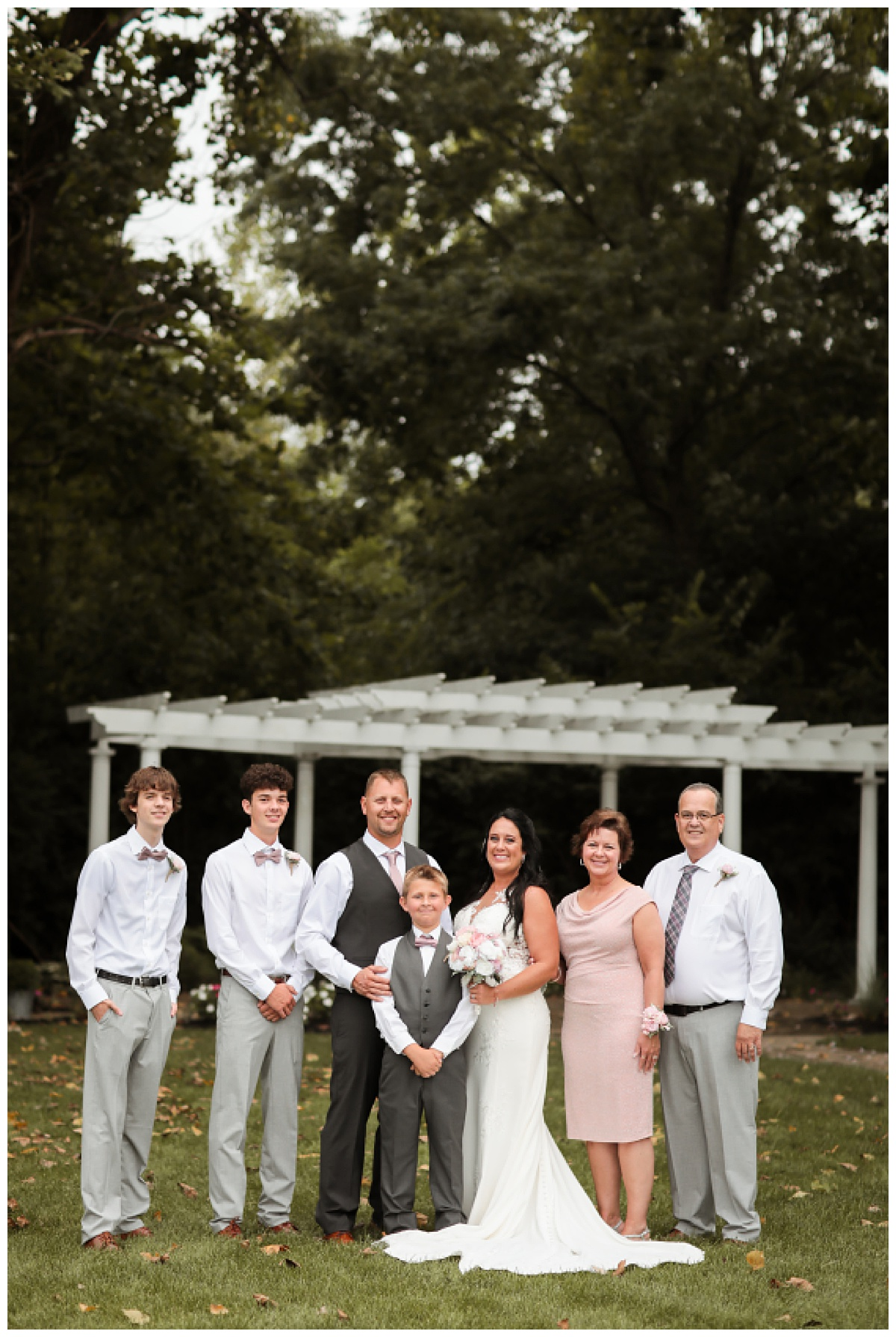 meghan-harrison-photography-wedding-willows-indianapolis0024.jpg